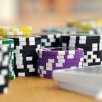 Comment devenir un professionnel du poker en ligne?